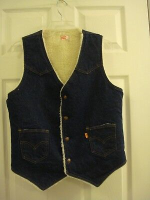 Men's Vintage Levi's Western Denim Fleece Lined Orange Tab Dark Blue Vest Size M