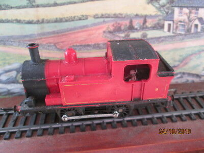 Vintage Tri-Ang 0-4-0 Tank Locomotive In Red - #9 - Tested And Running