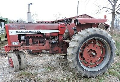 IH/International 656 Tractor, Hydrostatic, Diesel, Fast Hitch, Runs, 7000 Hours