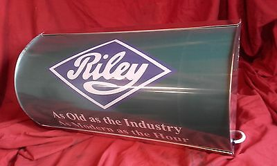 riley,onepointfive,kestrel,display,old,mancave,lightup sign,garage,workshop,elf1