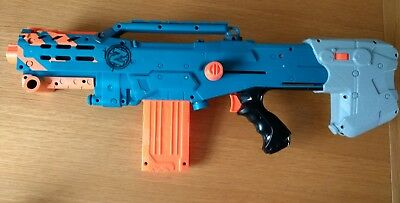 Nerf zombie Longshot CS-6 pull back Blaster gun with 12 round empty ammo clip