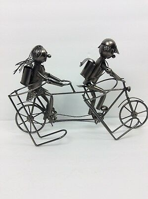 Wine Bodies Happy Couple on Tandem Cruise Bicycle Metal Wine Bottle Holder