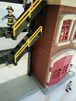 Fisher Price IMAGINEXT Rescue Heroes Fire Station House Emergency Service Center