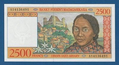 MADAGASCAR -- 2500 FRANCS = 500 ARIARY ND ( 1998 ) -- SC- // aUNC -- PICK 81 .