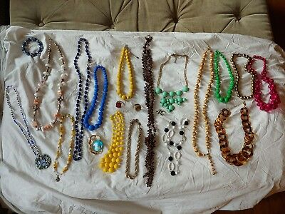 21 PC. Vintage Faux Pearl Jewelry Lot Bulk Jewelry Old Antique