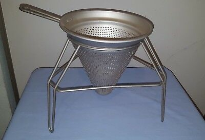 Chinois Strainer and Stand (No Wooden Pestle)