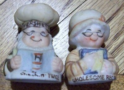 Thimbles Hershey's Man & Woman Bakers Wholesome Recipe Pair Bisque