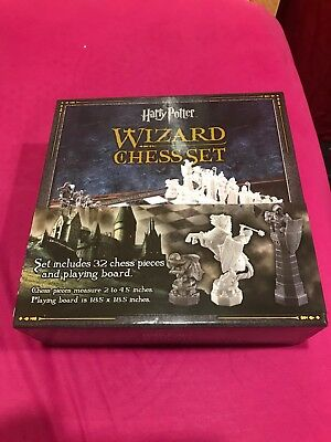 New ** Harry Potter Wizard Chess Set - The Noble Collection: Never Opened/Used!!