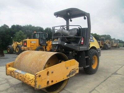 """2011 Volvo Ingersoll Rand SD70D 66"""" Smooth Drum Roller Compactor, Only 1052 Hrs"""