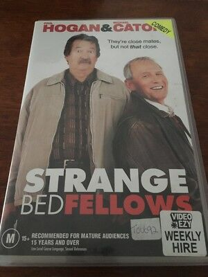 Strange Bedfellows -  Paul Hogan , Michael Caton - Vhs Video