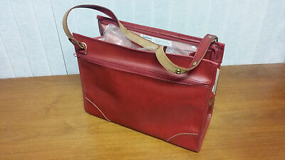 NEW Rare Vintage Hartmann Lugguage Shoulder / Office/ Work/ Overnight Bag. Red