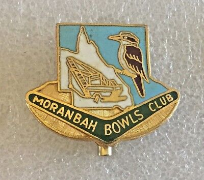 Moranbah Bowling Club Badge  ~ Queensland,  Australia..