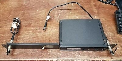 BROKEN AS IS POWER ISSUE Shure SLX4-L4 Diversity Receiver 638-662 MHz No MIC