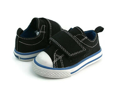 d95d441b36e2 Champion Baby Boy s Hook And Loop Fashion Sneaker Shoes US Size 4.