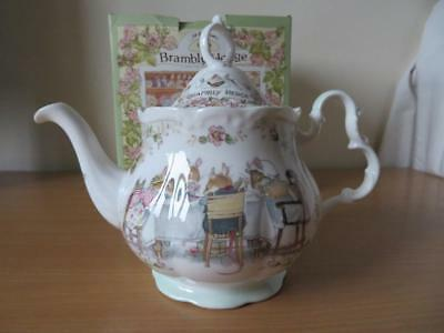 Royal Doulton Brambly Hedge Full Size Tea Pot Excellent Cond Boxed
