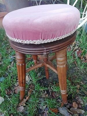 Victorian Corkscrew Mahogany Fluted Revolving Adjustable Piano Stool Circa 1880