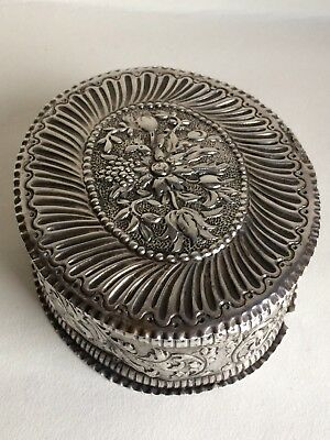 Antique Victorian Solid Sterling Silver Ornate Embossed Trinket Box 175 grams