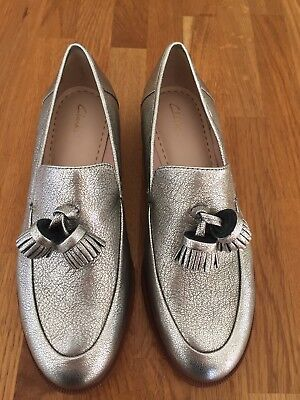b738a38bc0f Brand New Ladies Clarks Taylor Spring Silver Metallic Tassel Loafers Size  Uk 4