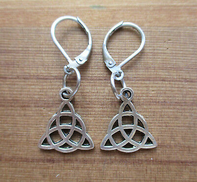 Triquetra Earrings - wiccan jewellery triquetra jewelry witchcraft