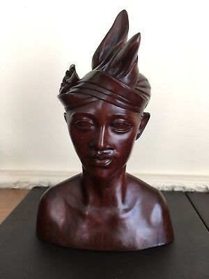 Indonesian Carved Wood Bust Of A Young Man - Lovely Detail - H26cm