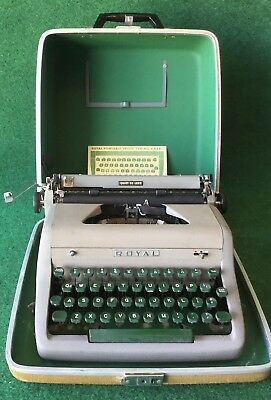 1950s HEMINGWAY Vintage Royal Quiet Deluxe Portable TYPEWRITER. It's gorgeous