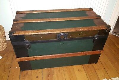 Large Vintage Wood and Metal Trunk Chest Storage Box Rusty Shabby Chic
