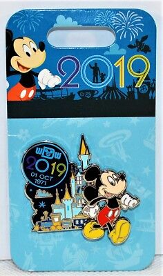 Walt Disney Parks Exclusive 2019 Mickey Mouse Oct 1 1971 Castle 3-D Pin NEW CUTE