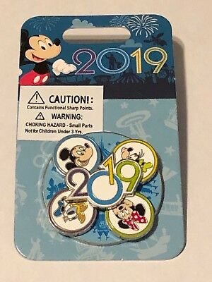 Disney Parks Exclusive 2019 Mickey & Minnie & Goofy & Donald Spinner Pin NEW