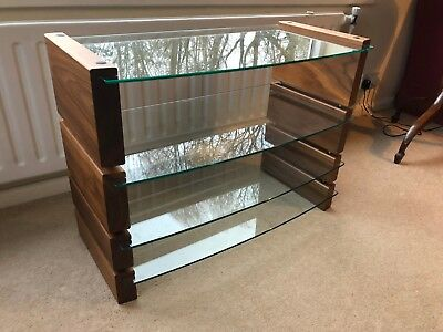CUSTOM DESIGN MILAN AV HiFi Rack - Walnut Finish - Clear Glass - 4 Shelves