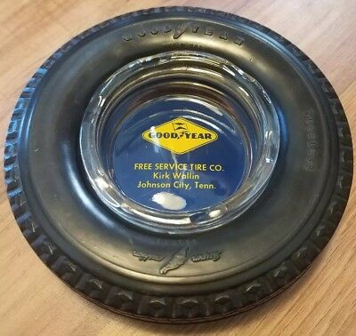 1970s VINTAGE GOODYEAR SUPER CUSHION DELUXE TUBELESS TIRE ASH TRAY. TENNESSEE.