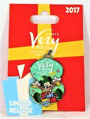 Disney Mickey Very Merry Christmas Party 2017 Elf Mickey Logo 3D Pin Limited NEW