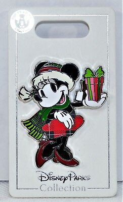 Disney 2018 Christmas Holiday Minnie Wearing Santa Hat With Present Pin NEW CUTE