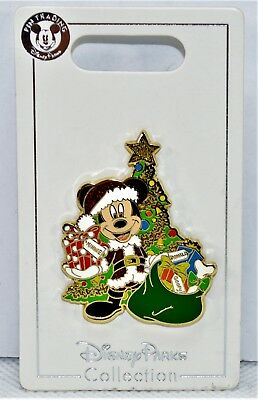 Disney 2018 Christmas Holiday Mickey Dressed As Santa With Present Pin NEW CUTE