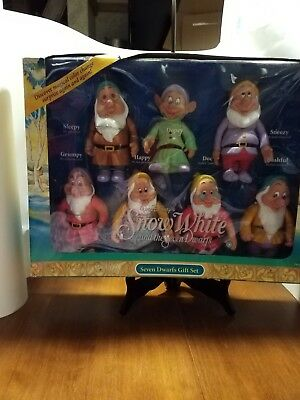 Disney Snow White And The Seven Dwarfs Box Gift Set.