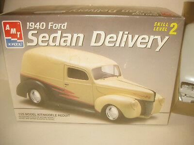 Amt 1940 Sedan Delivery Kit Opened Looks Good May Be Missing Some Parts