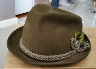 Vintage Worth and Worth Ltd New York Irish green felt hat size 6 7/8