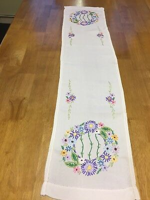 Vintage Hand Embroidered Floral Table Runner Cloth