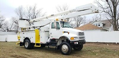 2006 Sterling Acterra 4x4 61' Bucket Truck Boom Cat Dsl Auto Service Utility