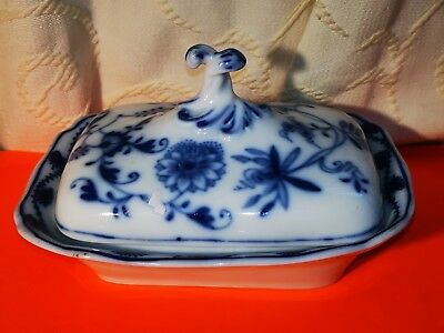Rare Antique MEISSEN PORCELAIN Blue & White Onion Covered Butter/ Cheese Dish