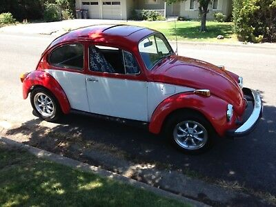 1976 Volkswagen Beetle - Classic  1976 classic VW beetle Volkswagen bug daily driver two tone red fuel injection