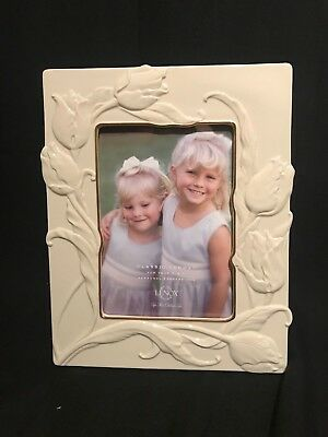Beautiful Lenox Tulip Frame 5x7 Ivory with Gold Trim, NEW in Box