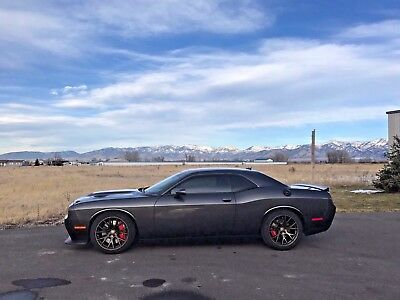 2016 Dodge Challenger SRT Hellcat Perfect condition 6-speed Hellcat