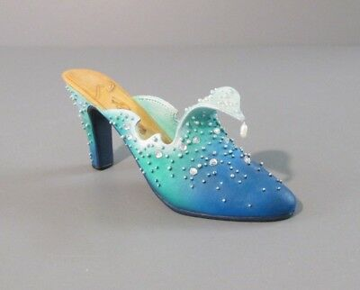 """1999 Raine Willitts Design Just the Right Shoe """"The Wave"""" Shoe Figurine"""