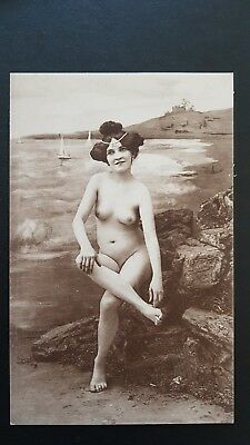 Carte postale french nude femme sexy totalement nue