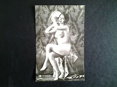 Carte postale french nude erotic femme sexy totalement nue avec tambourin