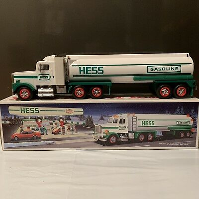 1990 Vintage Hess Toy Tanker Truck MIB W/ Sounds & Lights