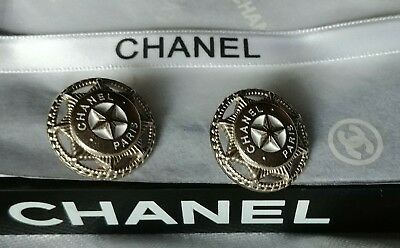 Last Of2 CHANEL PARIS 20mmAuth Replacement Silv Star Badge ButtonClassic CC Logo