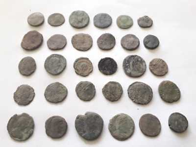 Beautiful Lot Of 30 Ancient Roman Bronze Coins For Cleaned
