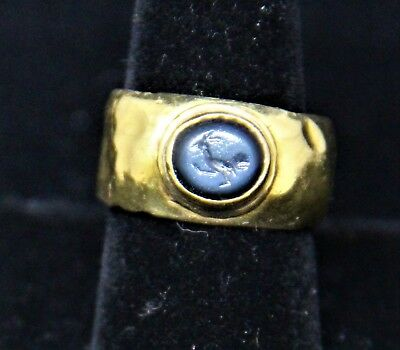 Ancient Roman 22K gold ring banded agate intaglio of bird 1st 2nd Century AD