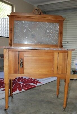 Dresser. Marble and Silky Oak Antique